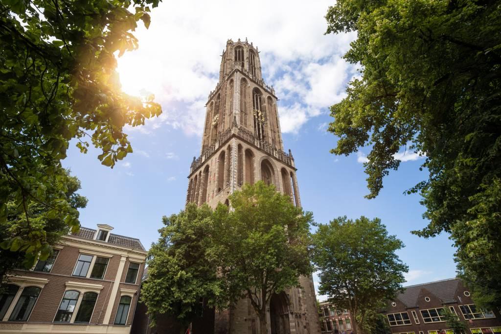 Behang Babykamer Utrecht : Behang van de domtoren in utrecht fotobehang
