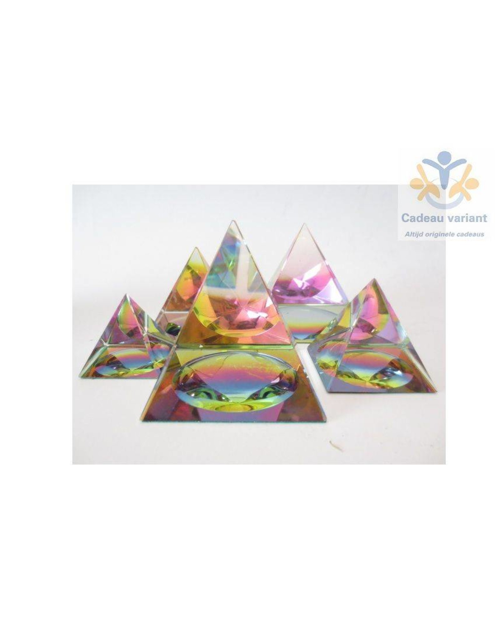 Kristallen piramide 6x6 cm