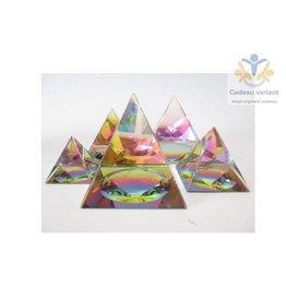 Kristallen piramide 7x7 cm