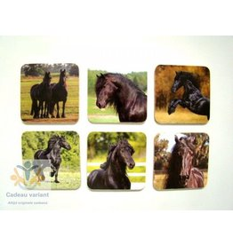 Paarden onderzetters  Friese paarden