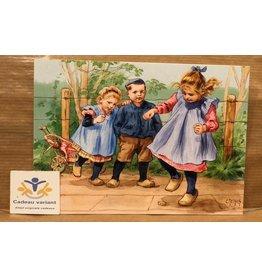 Briefkaart Ot en Sien spelen