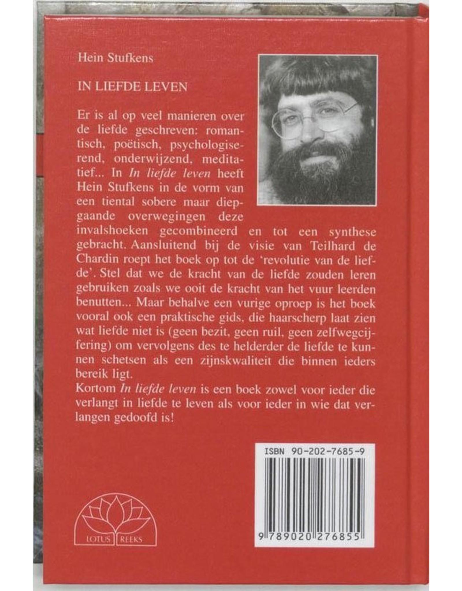 In liefde leven boek