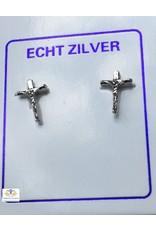Kruis oorbellen zilver (oorstekers)