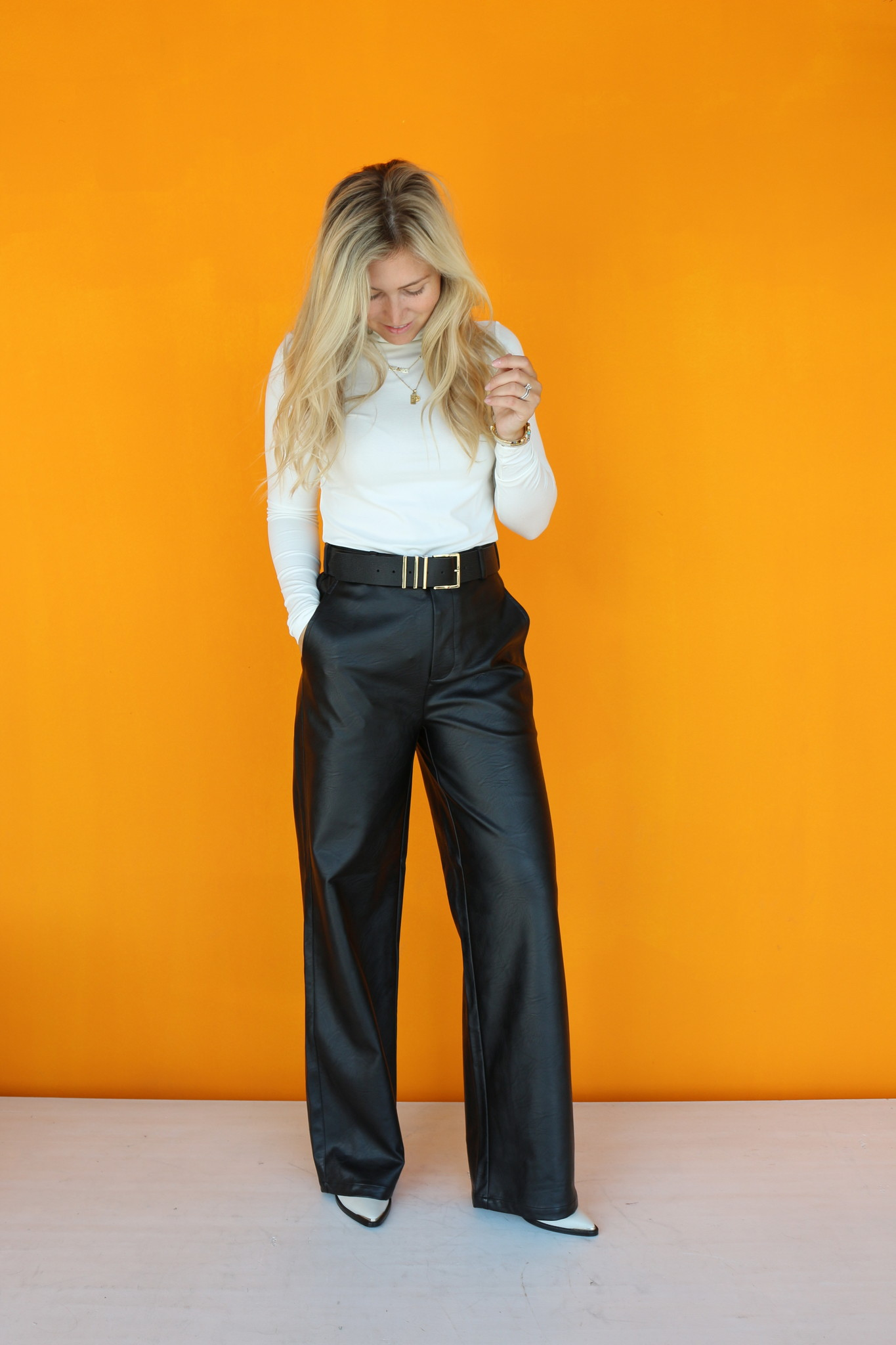 ALIX THE LABEL TURTLE NECK TOP FROM ALIX THE LABEL
