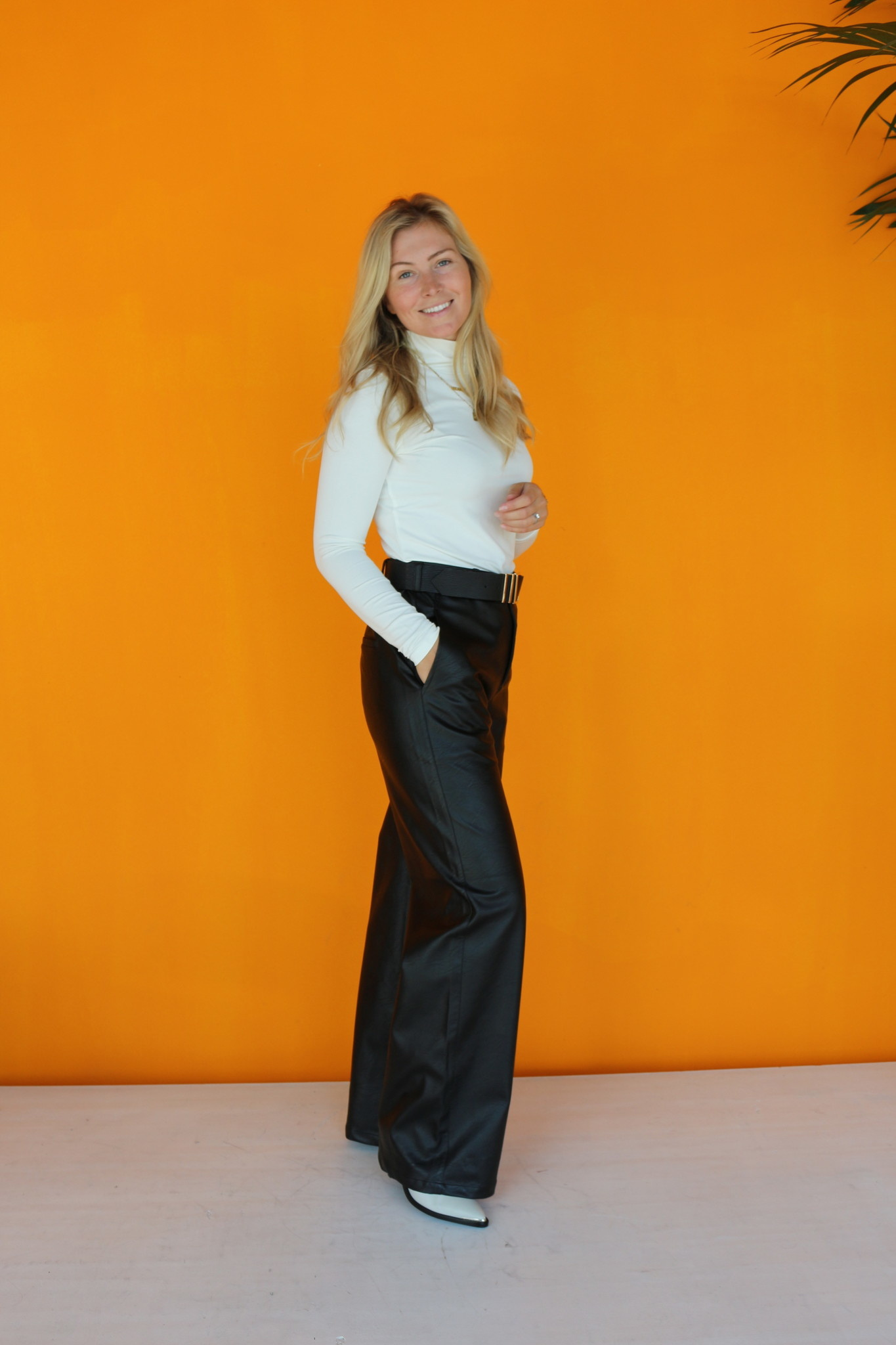 ALIX THE LABEL FAUX LEATHER PANTS FROM ALIX THE LABEL