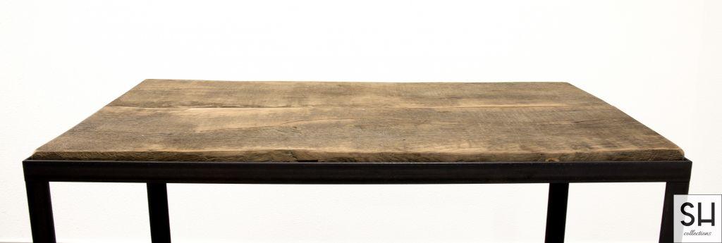 Butler met hout