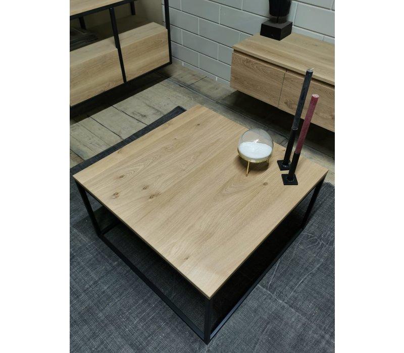 Industriële eiken salontafel Jorg