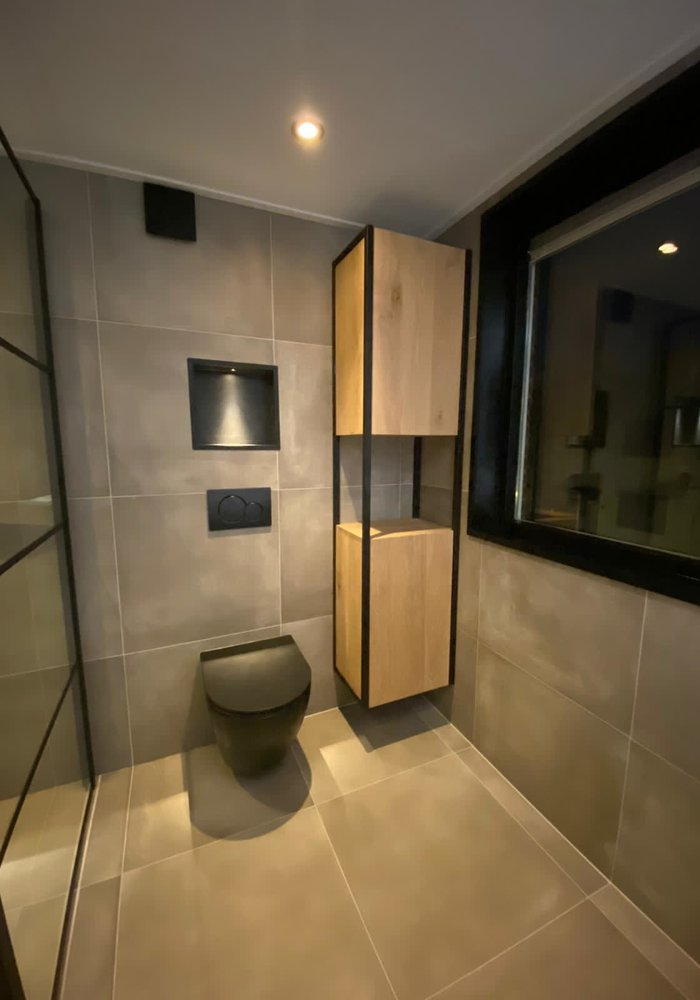 Industriële badkamer kolomkast Ies