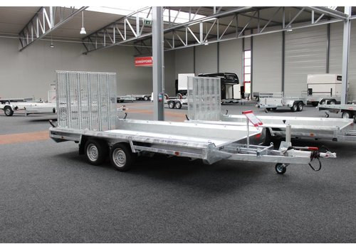 Aanhanger huren Machine transporter 394x150cm 3500kg