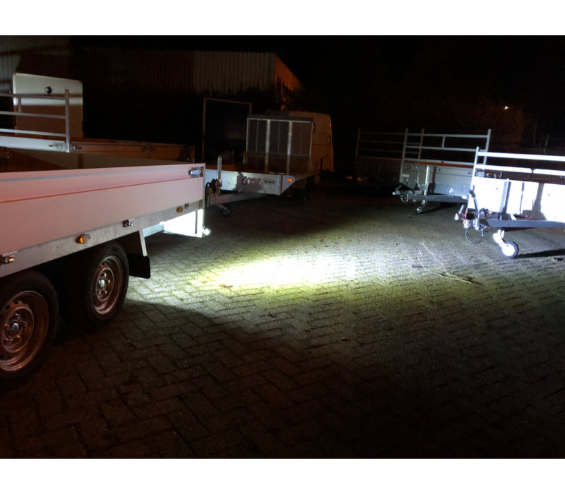 FABRILCAR Werklamp LED 3500F breedstraler