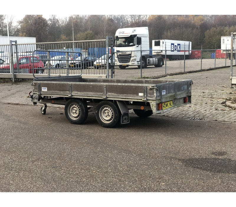 Gebruikte Pijnappel plateauwagen 305x170cm 1500kg
