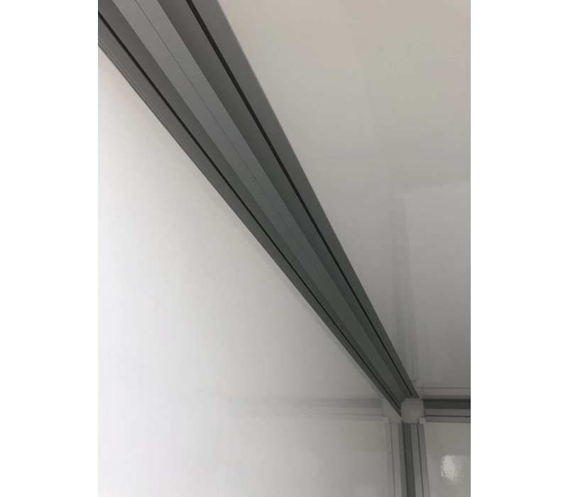 Nieuwe gesloten Henra Bakwagen 318 x 158 x 190 ( 2700kg ) tandemasser