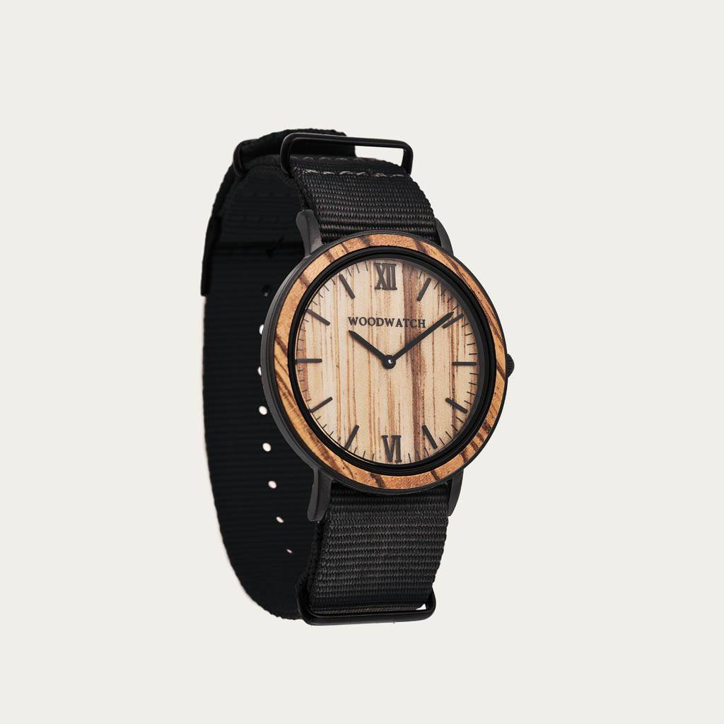 woodwatch mannen houten horloge minimal collectie 40 mm diameter striped zebra onyx zebrahout zwarte nylon band