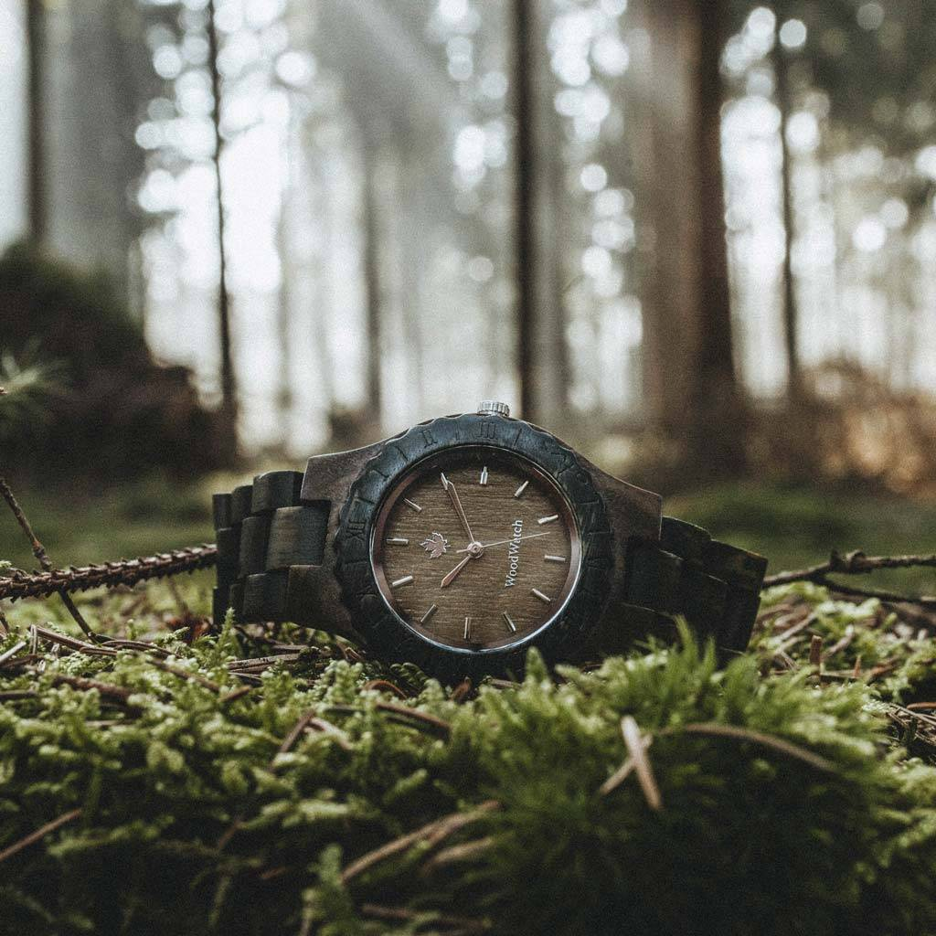 woodwatch frau hölzern uhr original kollektion 34 mm durchmesser lotus sandal grünes sandelholz