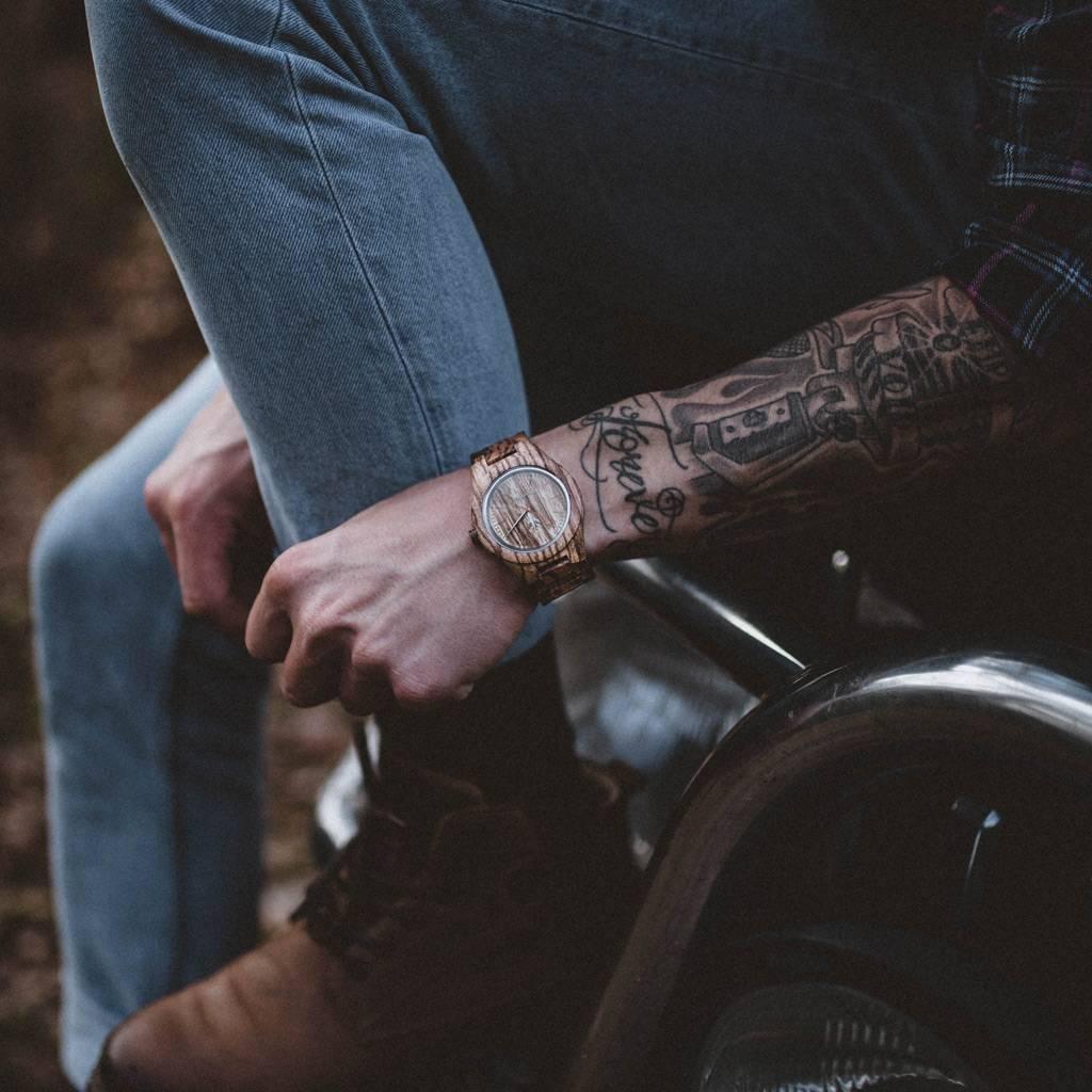 woodwatch hombre reloj de madera core colección 45 mm diámetro zebra madera zebrano