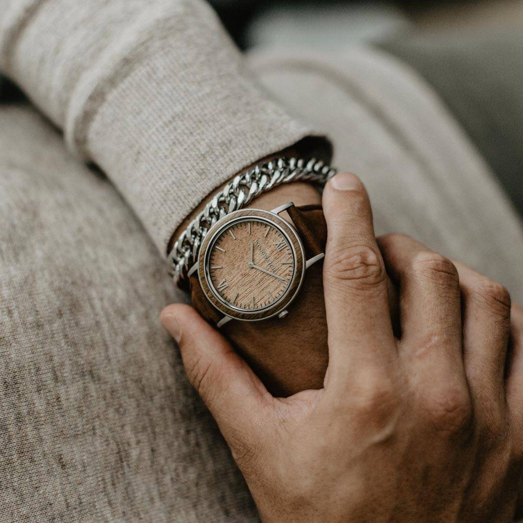 woodwatch men wooden watch minimal collection 40 mm diameter acacia pecan acacia wood brown leather band