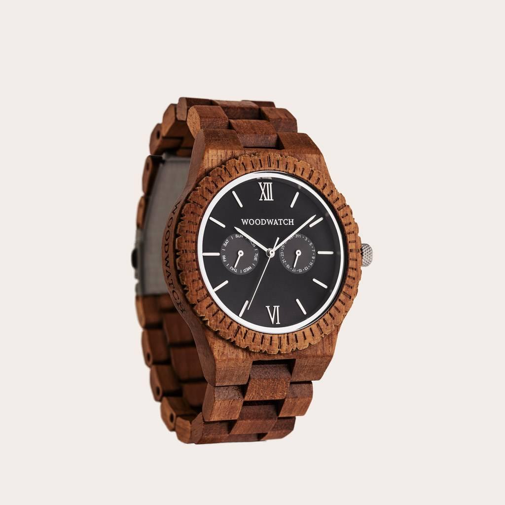Dit premium ontworpen horloge combineert unieke nieuwe houtsoorten met een luxe roestvrijstalen wijzer- en achterplaat. In het hart van de nieuwe uurwerken zit een geheel nieuwe multifunctioneel uurwerk dat twee extra subdials bevat met een week- en maand