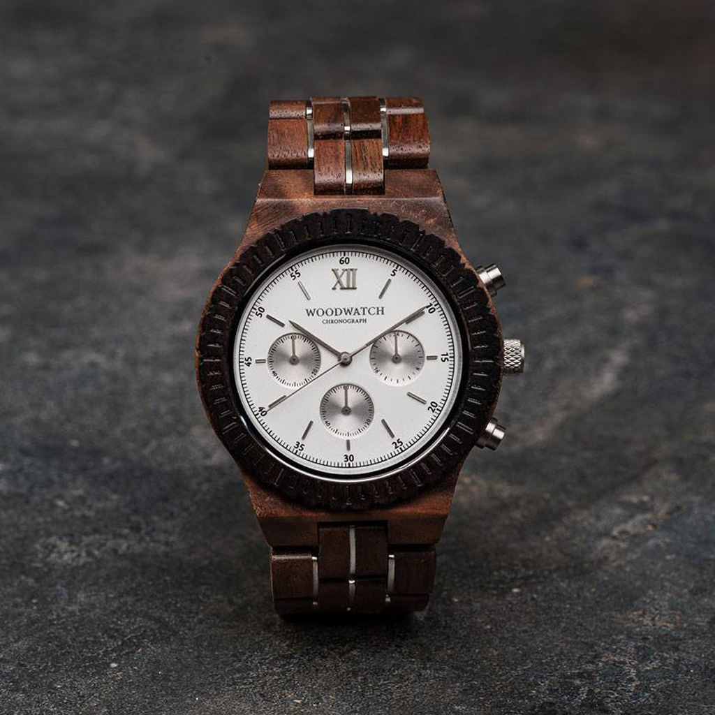 woodwatch mannen houten horloge chronograph collectie 45 mm everest walnoot hout zwarte sandelhout