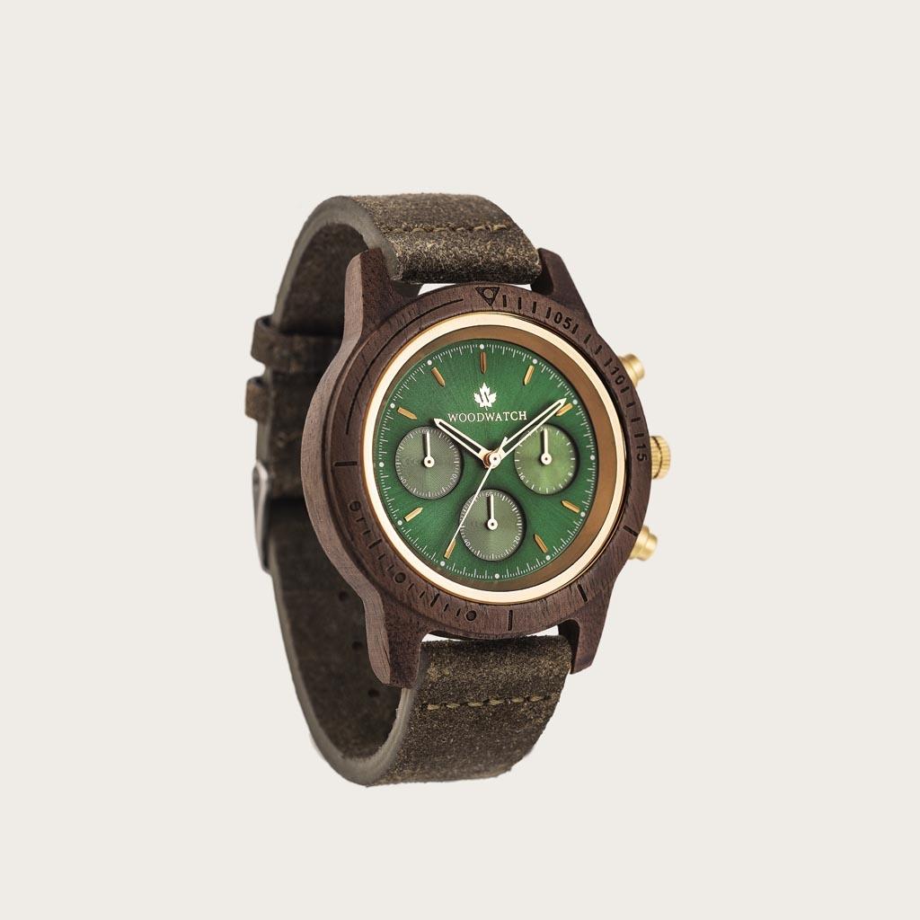 Le bracelet Pecan est fait de cuir véritable et d'un fermoir boucle métallique et est naturellement teint avec une teinte marron clair.Le Bracelet Pecan 18mm convient au montre de la Collection MINIMAL 40mm et la Collection CHRONUS.