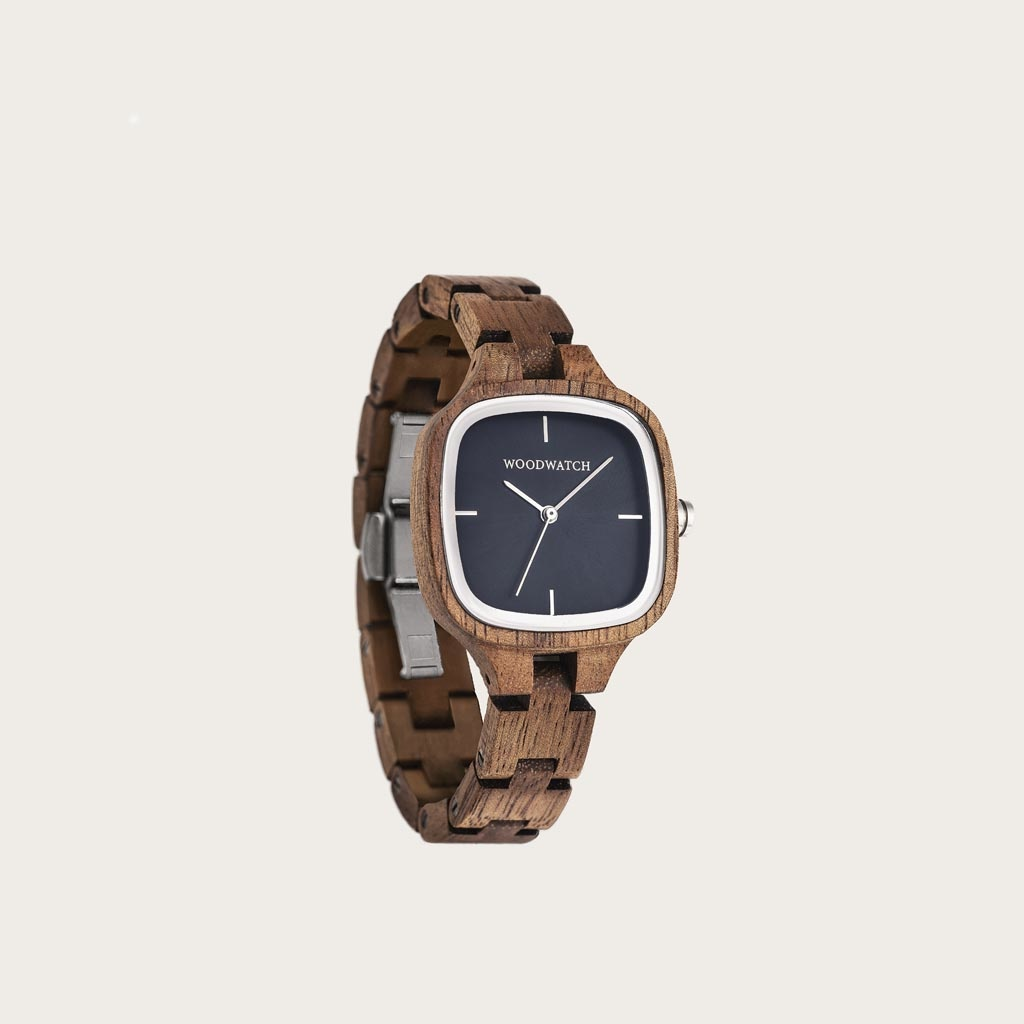 The CITY Moonlight features a 30mm square case with a midnight blue dial and silver details. The watch band consists of natural acacia wood that has been hand-finished to perfection and to create our latest small-band design.