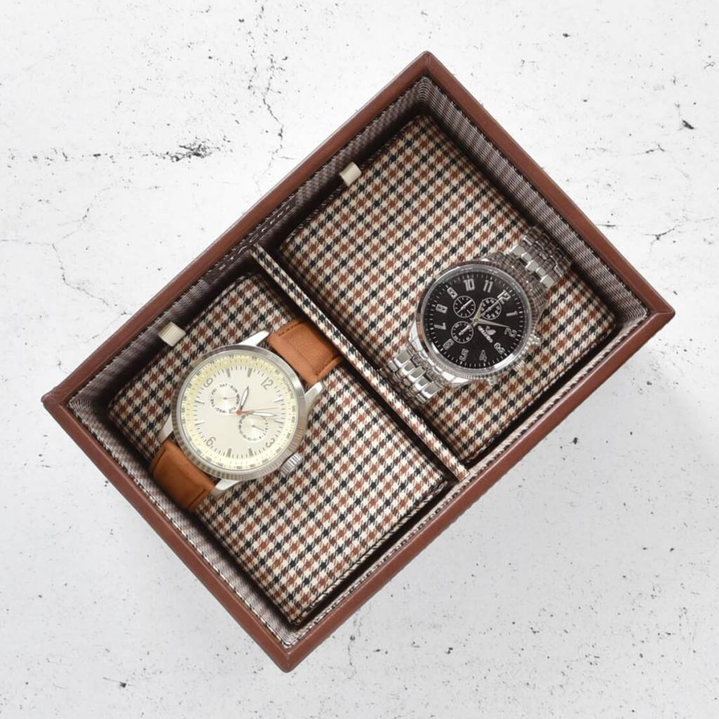 Tan Mini horlogedoos 2 pcs open