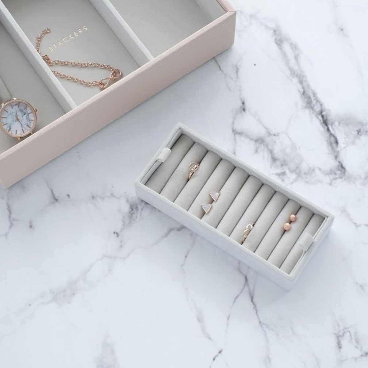 Boîte à Bijoux Grey Affichage des Anneaux