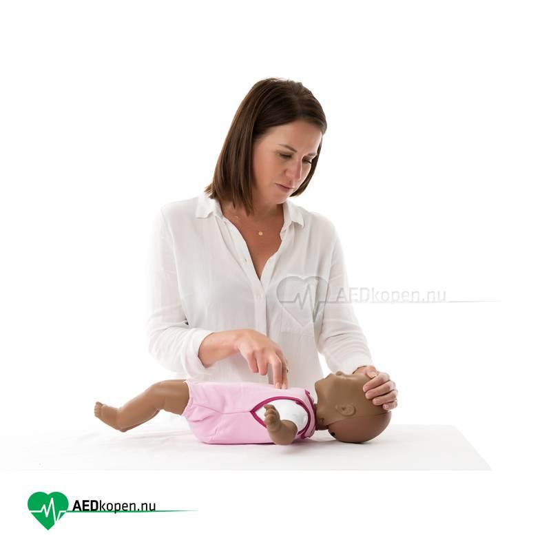 Laerdal Baby Anne, 4-pack - donkere huid