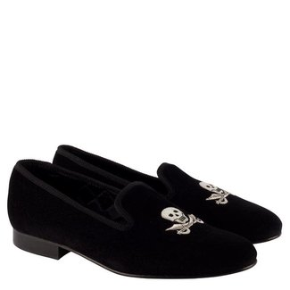 Mr. Crevan Albert Slipper Schwarz Skull Cutlass