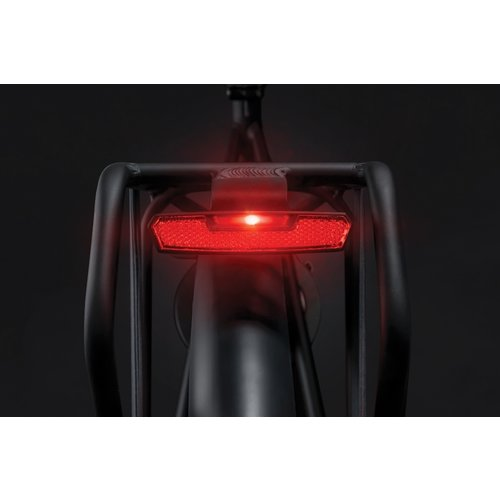 AXA Dragerachterlicht Axa Juno Battery - 80 mm montage