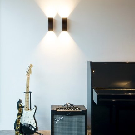 Surface wall lamps
