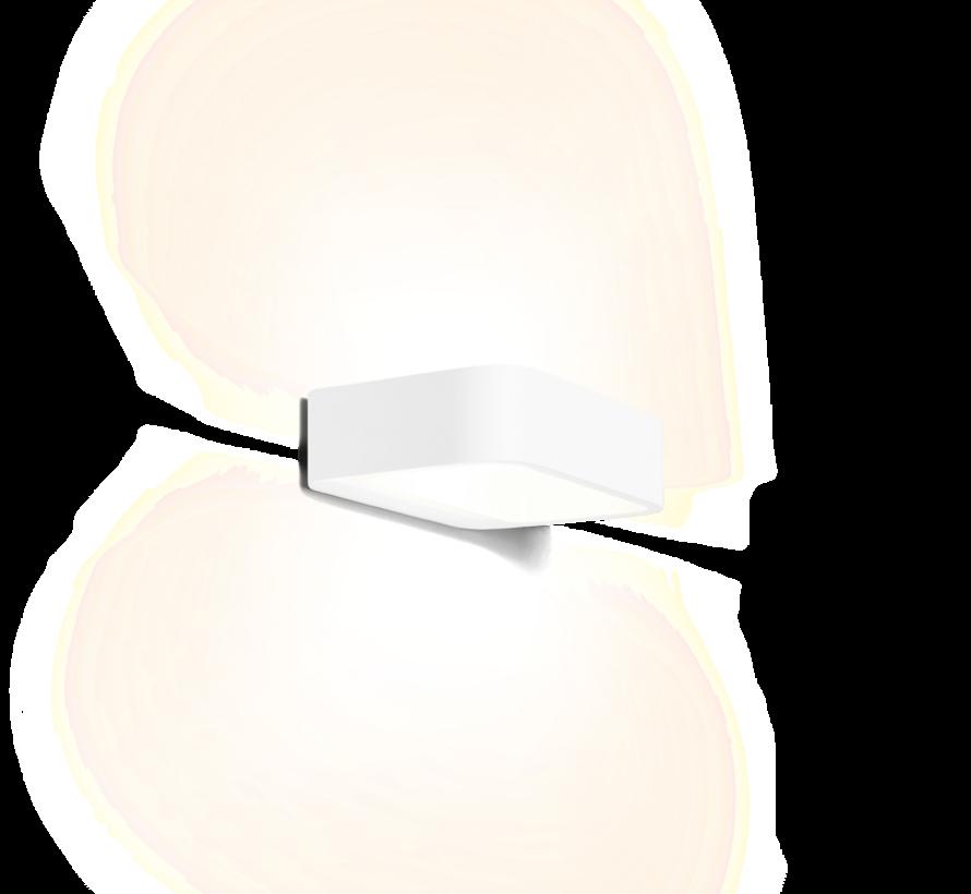 Benta 1.0 led wandarmatuur 8Watt-3000K dimbaar in wit of zwart