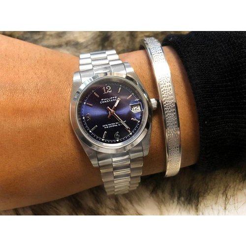 Stalen Philippe Constance Horloge Philippe Constance Stalen Dameshorloge - 7920 Medium - Zilver - Indigoblauw - Schakelband - Datumaanduiding