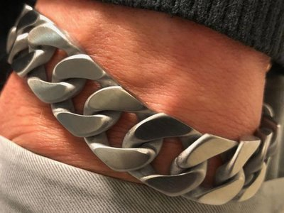 Bukovsky Stainless Steel Jewelry Stalen Heren Schakelarmband Bukovsky S4750 - Gourmette - Geborsteld - Breedte: 1,6 cm - Dikte: 0,4 cm - Gratis Verzending