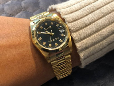 Stalen Philippe Constance Horloge Philippe Constance Stalen Dameshorloge - 7325 Medium - Goud - Zwart - Strass - Schakelband - Datumaanduiding