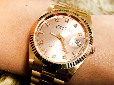 Stalen Philippe Constance Horloge Philippe Constance - Dameshorloge - 4475 Large - Staal - Rosé - Strass - Serrated - Datumaanduiding
