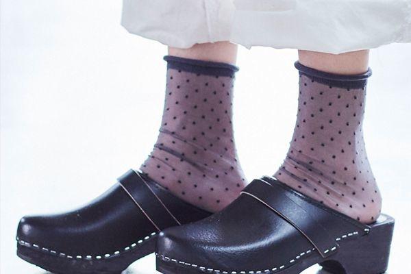 calcetines tul plumetis borde enrollado