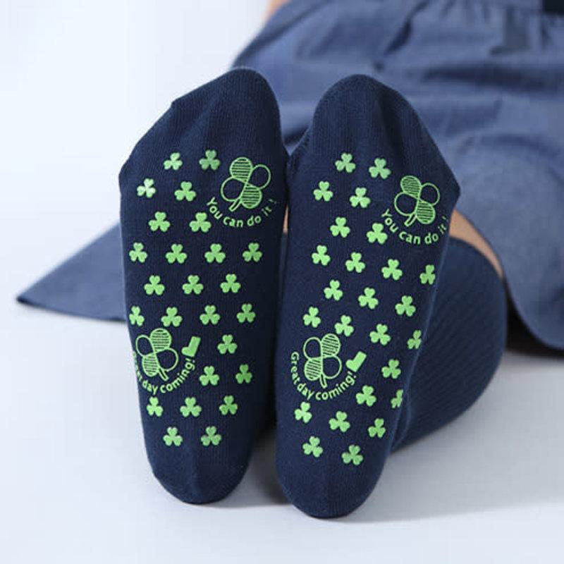 Clover Non-Slip Kids Socks M