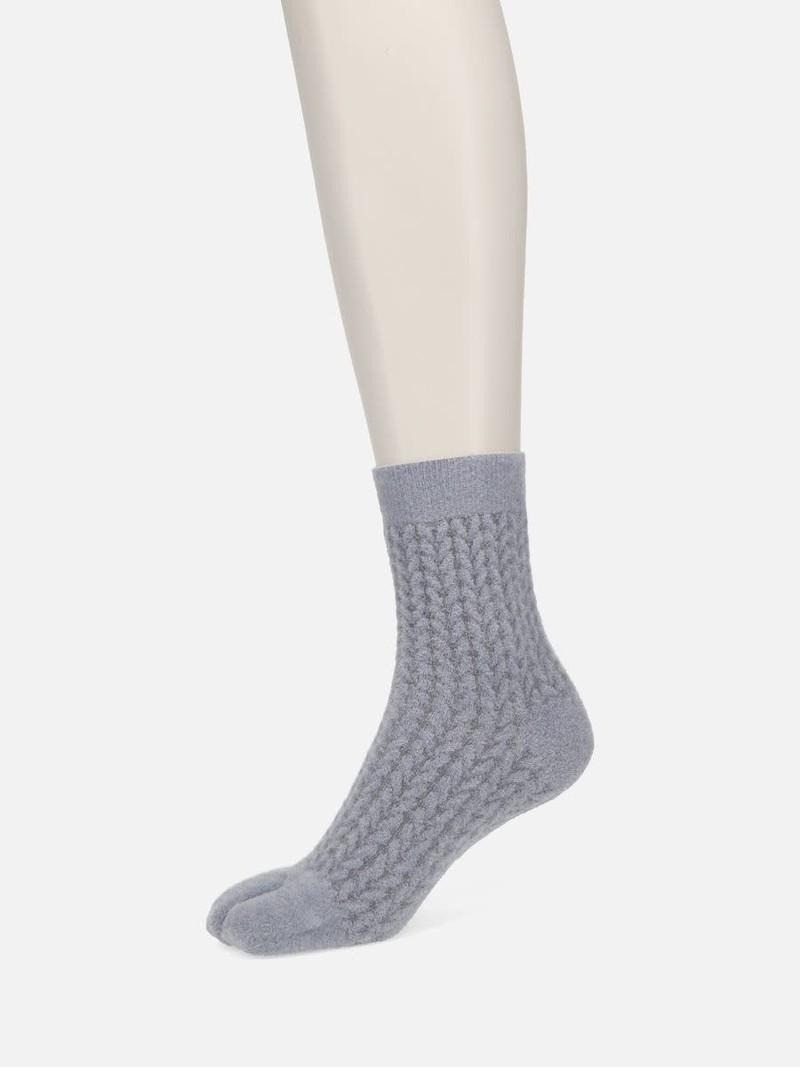 Chenille Yarn Float Tabi Low Crew Socks