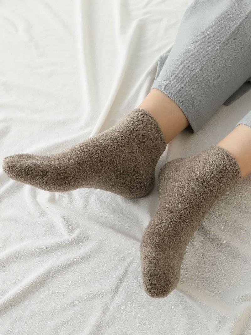 Nylon Mole Yarn Pile Low Crew Socks