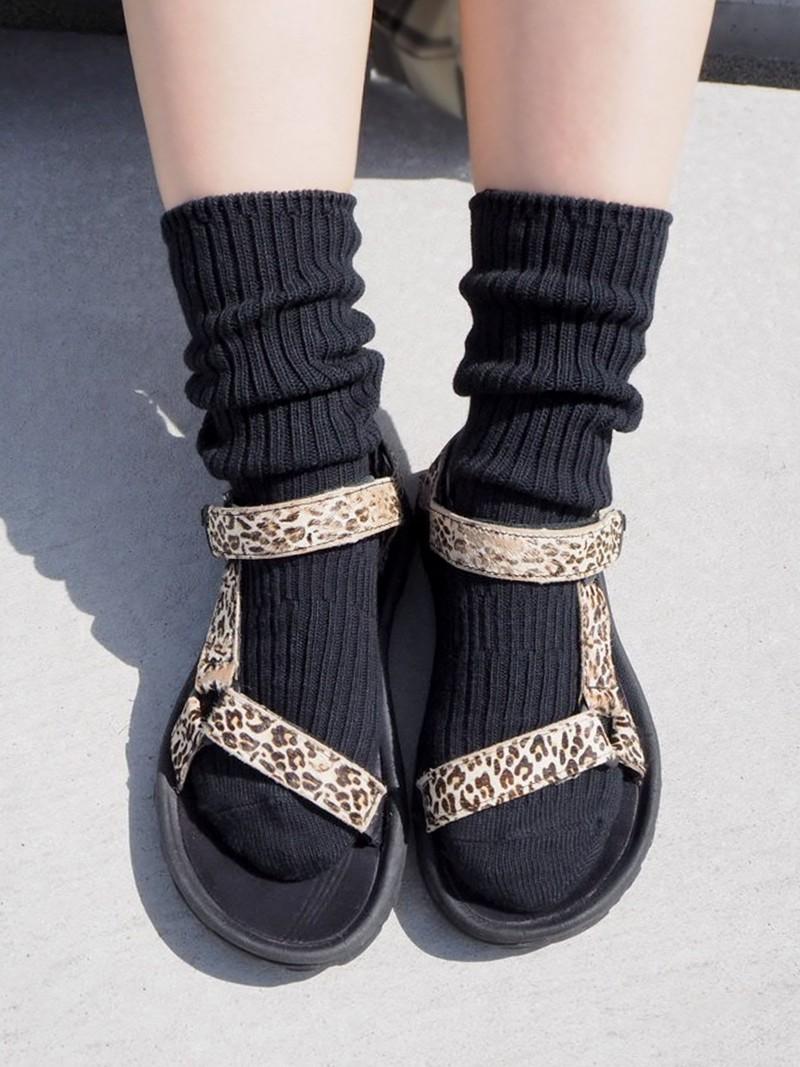 Cotton Ribbed Loose Crew Socks