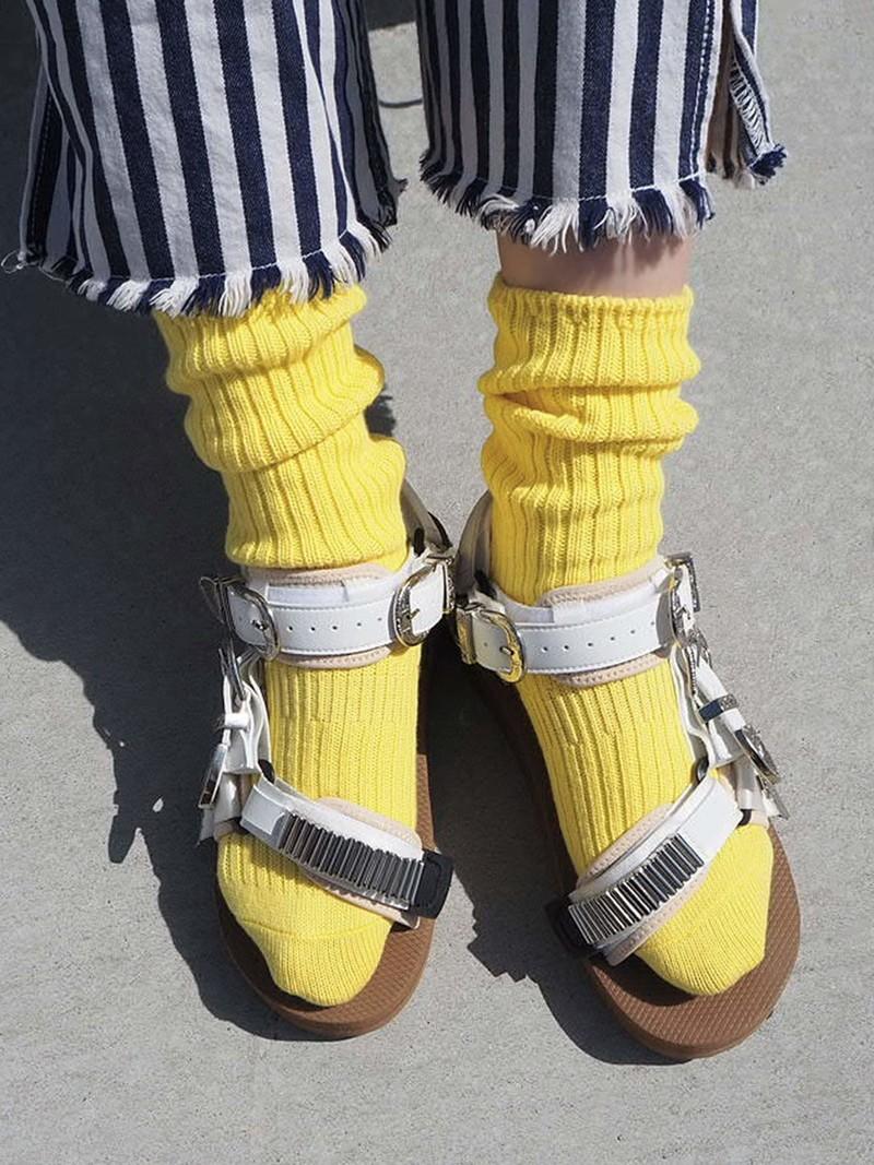 Lose Crew-Socken aus gerippter Baumwolle