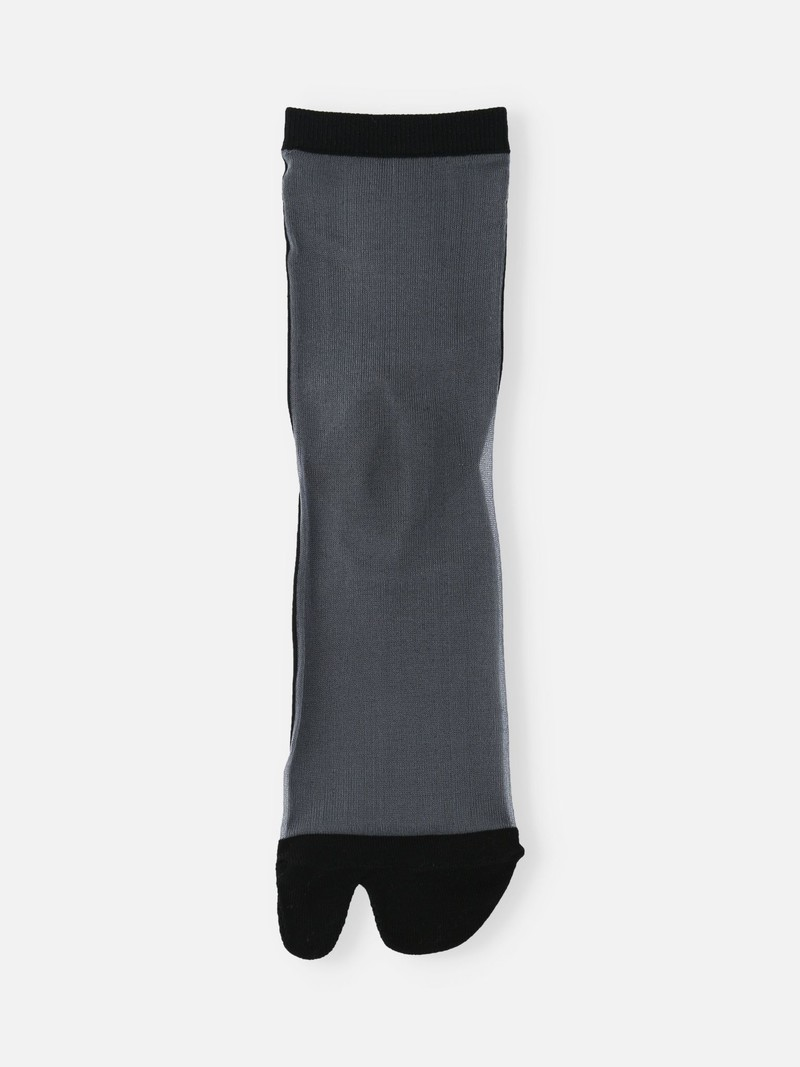 Shher Bicolor Tabi Low Crew Socks