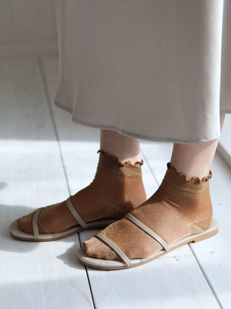 Halbtransparente Lamé-Socke mit weichem Rand
