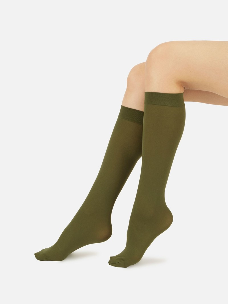 70D Basic Knee High Socks