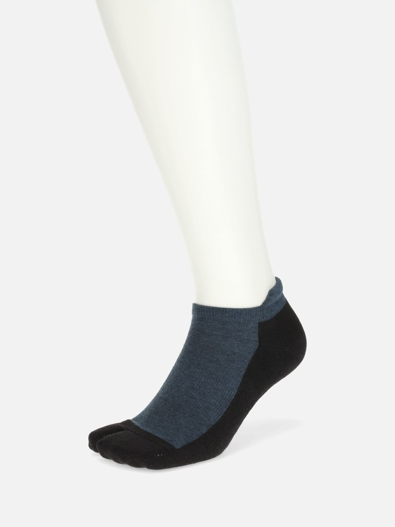 Triporous™ Sustainable Pile Trainer Tabi Socks Men's