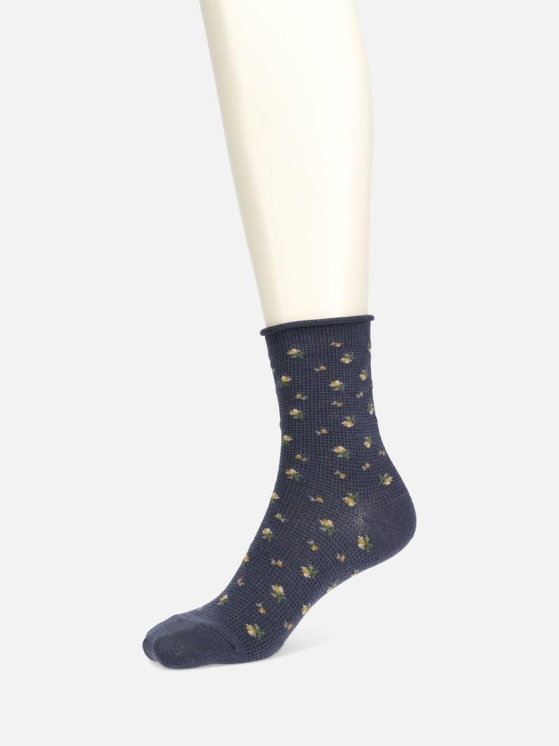 Waffle Rose Roll-Top Socks