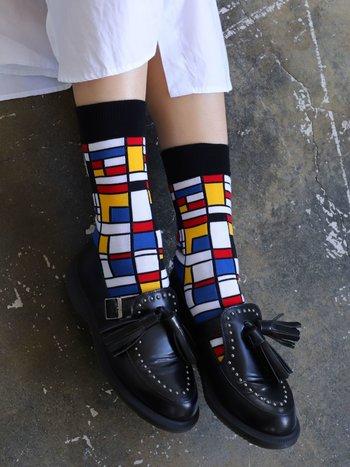 041140829 MC motif Mondrian
