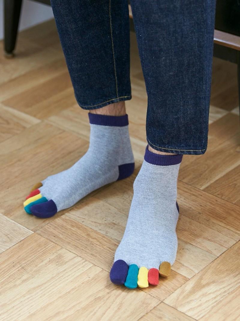 Regenboog teen korte sokken M