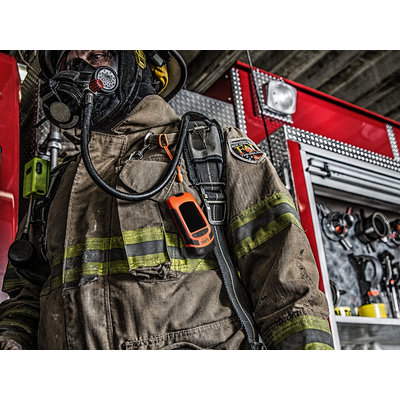 SEEK Reveal FirePro  thermal imaging camera especially for fire fighters