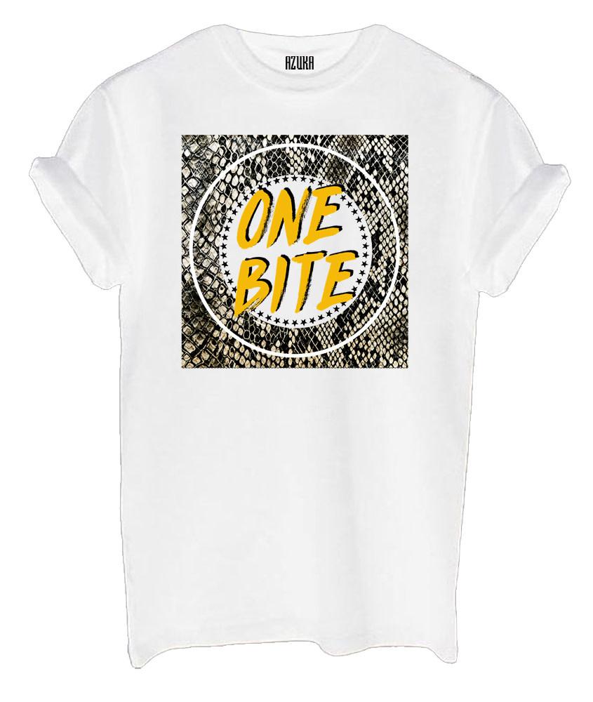 Azuka One bite shirt white